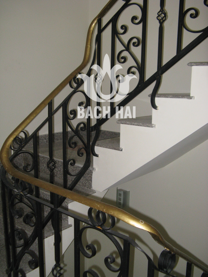 cầu thang sắt đẹp bh-10060