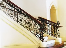 cầu thang sắt hoa văn trang trí