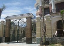 cửa cổng sắt đặc bh-10126