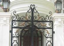 cổng phụ - sắt đặc hoa văn cổ điển châu âu bh-10158