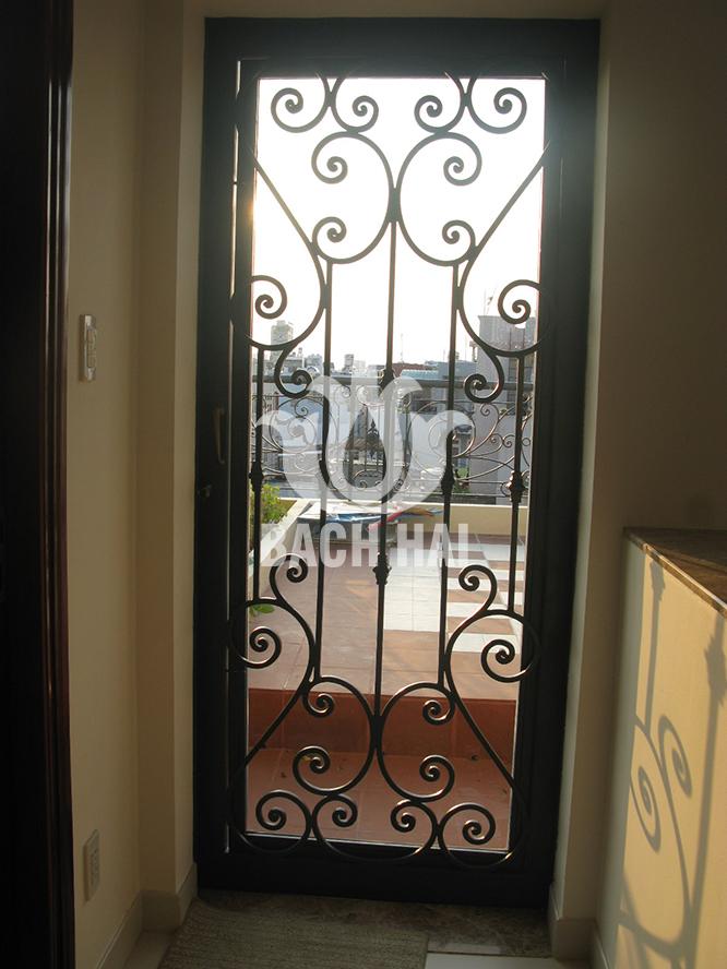 cửa sắt rèn nghệ thuật bh-10171