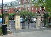 cổng 120